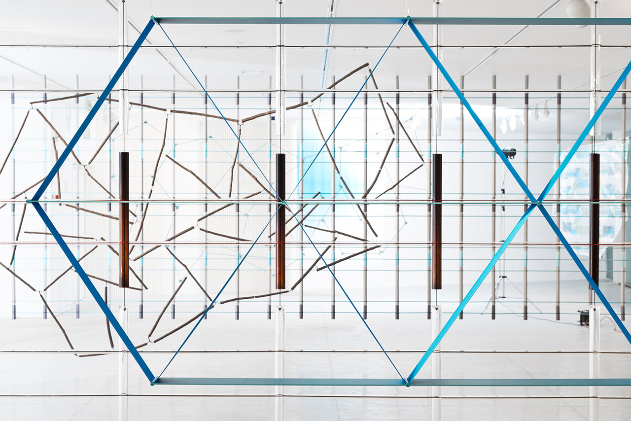 17 Screens: Bouroullec Brothers' Installation at Tel Aviv Museum of Art | Yellowtrace