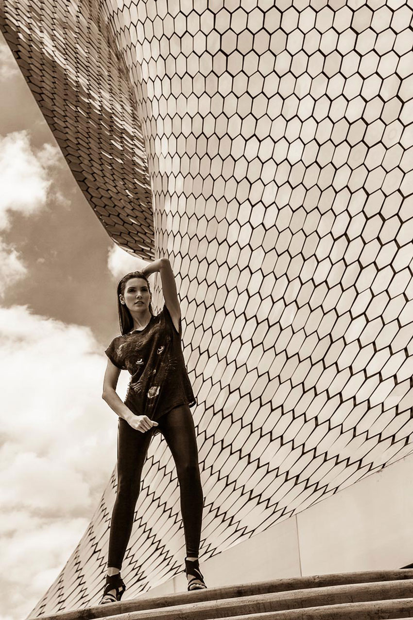 Leandro Enne Captures Architectural Style with Carmen Lopes Museo Soumaya Mexico City   Yellowtrace