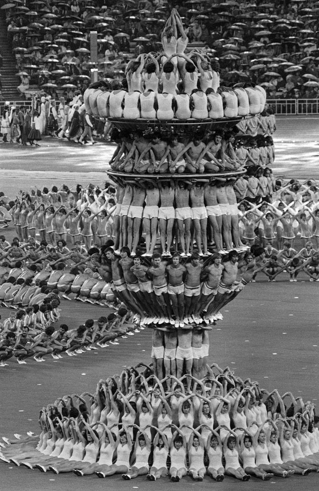 Olympic Opening Ceremony Moscow 1980 | Yellowtrace