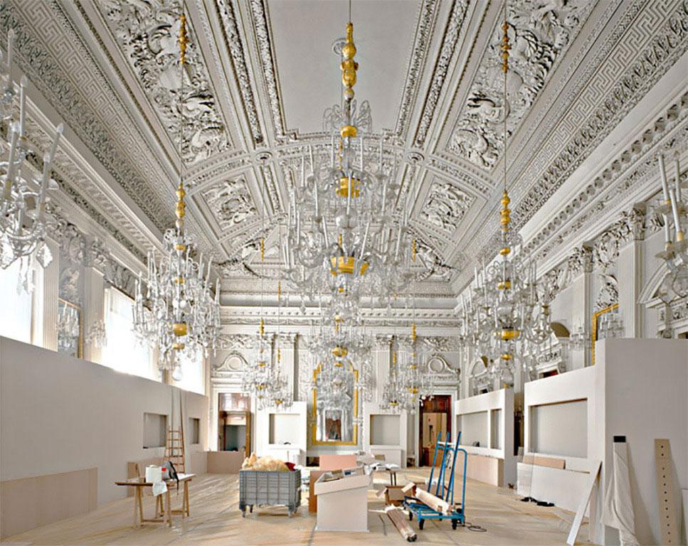 Palazzo Pitti Sala Bianca Firenze 2008 Photo by Massimo Listri | Yellowtrace