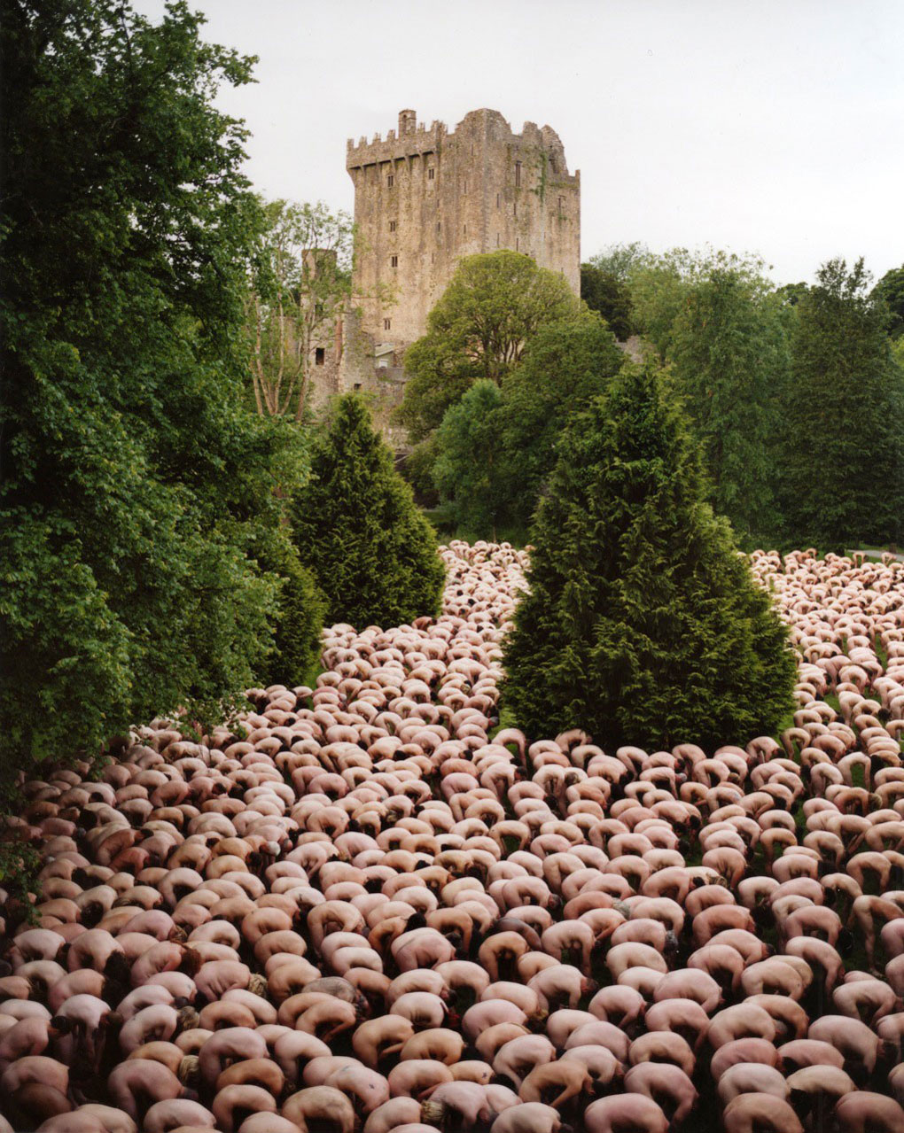 Everyday People Required by Spencer Tunick | Yellowtrace