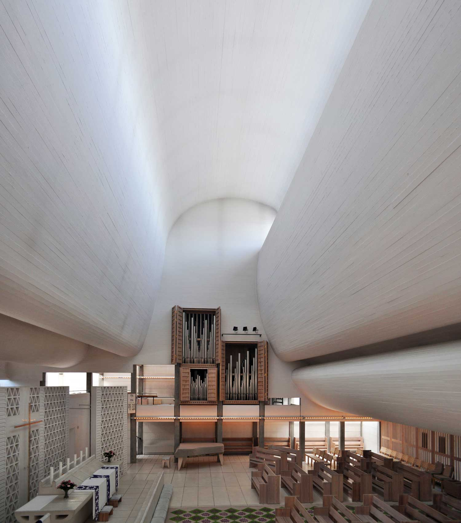 Bagsard Church by Jorn Utzon | Yellowtrace