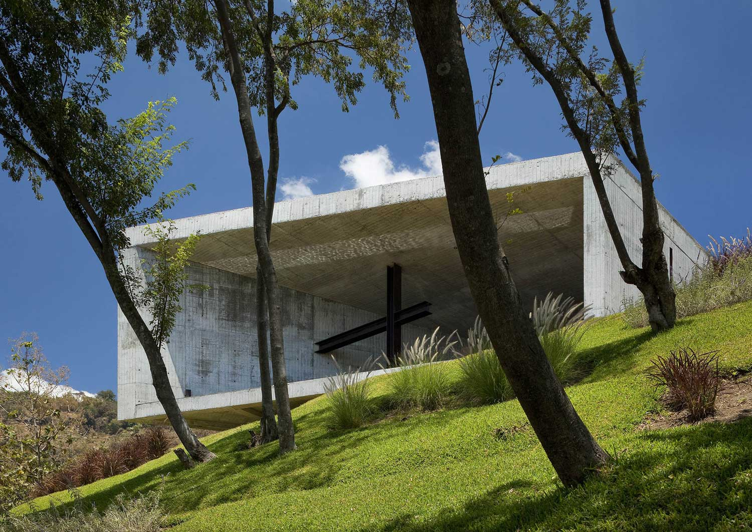 Cardedeu by EMC Arquitectura | Yellowtrace