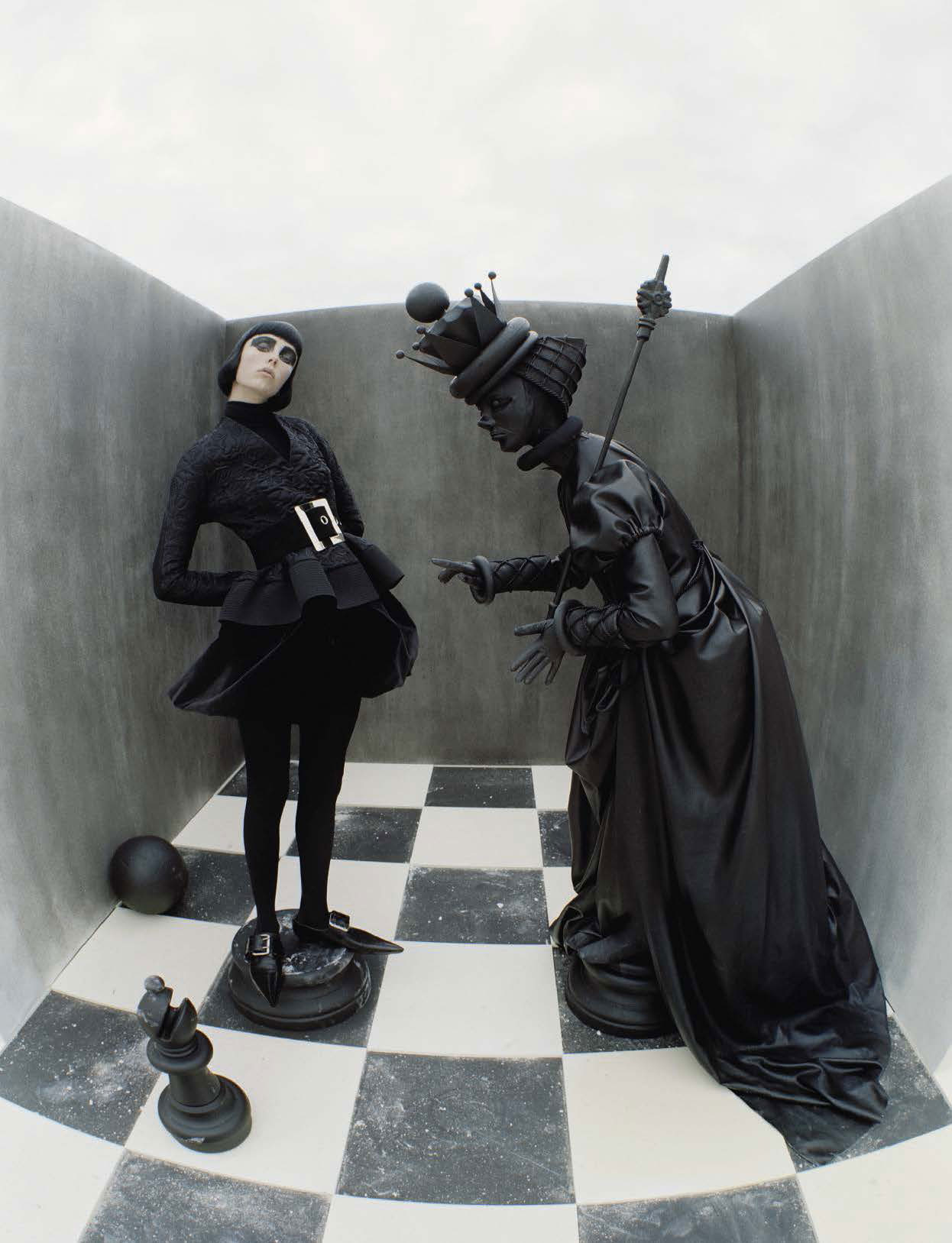 Check-Mate byCheck-Mate by Tim Walker for Vogue Italia | YellowtraceT Walker for Vogue Italia | Yellowtrace