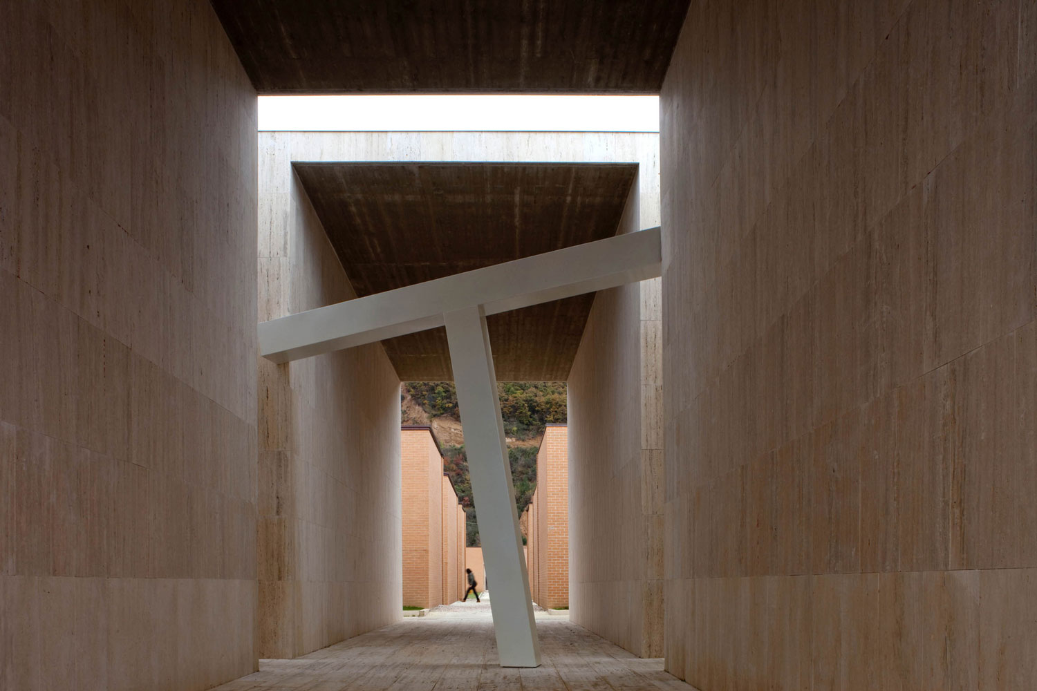 Extension of Gubbio Cemetery by Andrea Dragoni & Francesco Pes | Yellowtrace