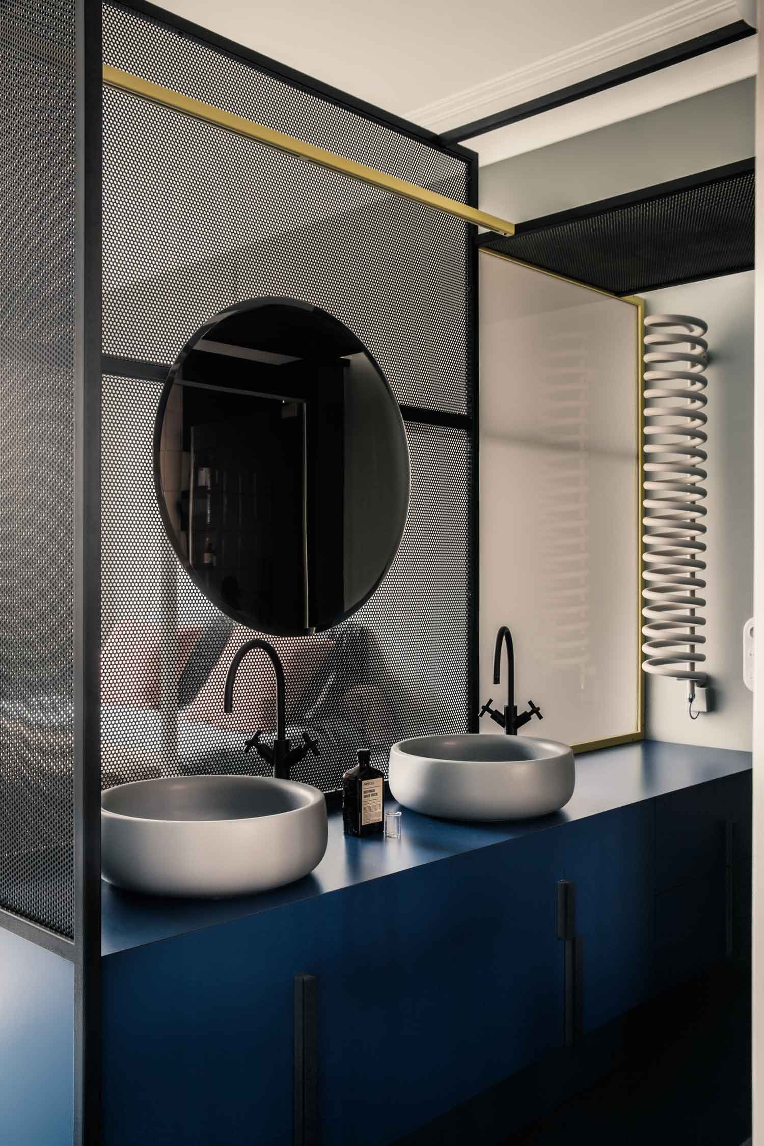 French Metal Rack: Restored Paris Apartment by Marcante-Testa (UdA) Features a Clever Zoning System | Yellowtrace