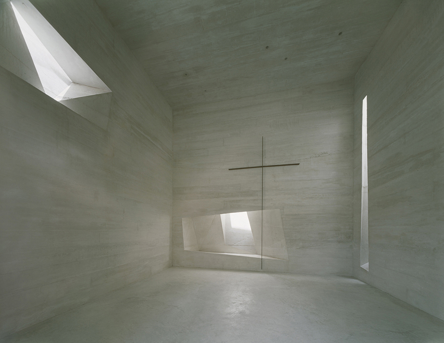 Holy Rosary Church in Lousiana by Trahan Architects | Yellowtrace