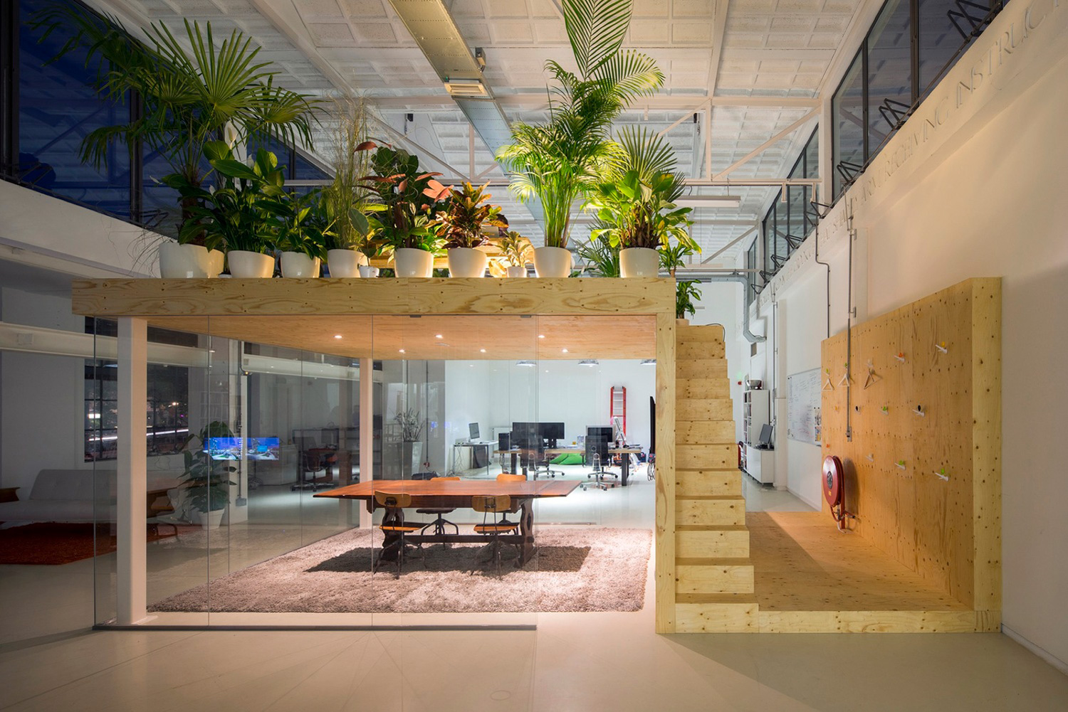 Loft Office Design Cool A Modern Office Space That Looks Like An ...