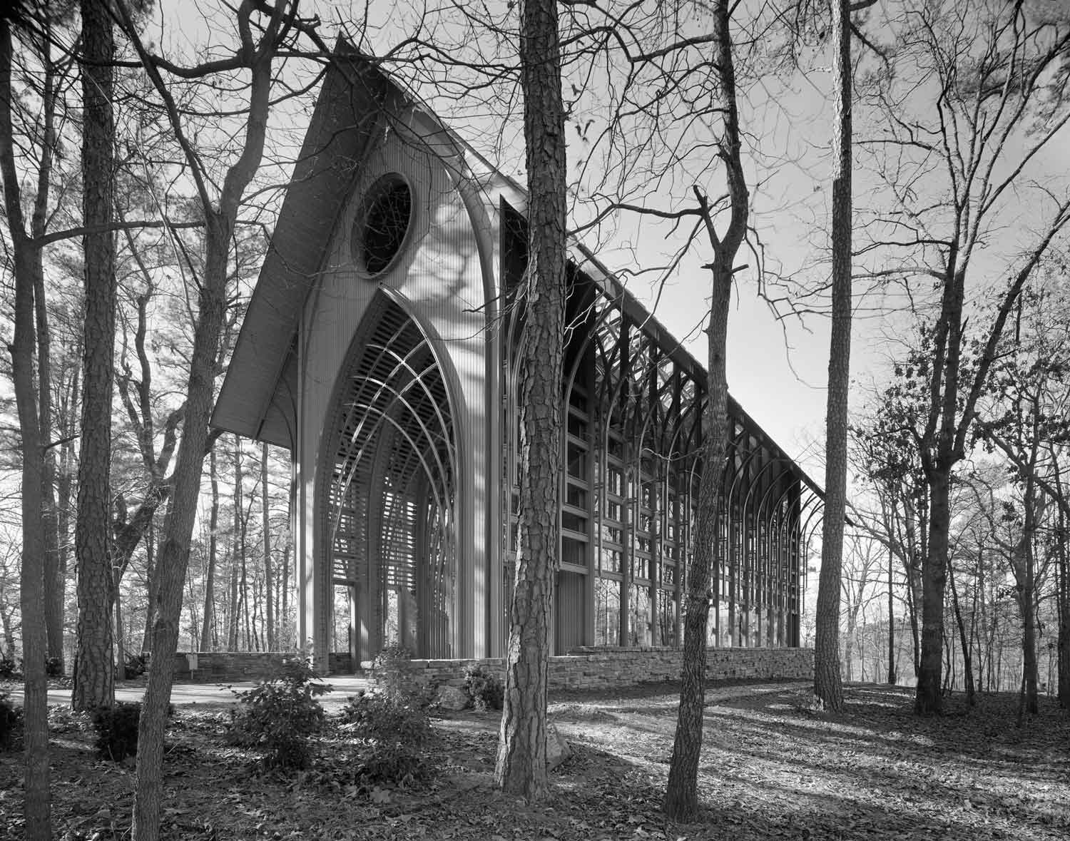 Mildred B Cooper Memorial Chapel by Fay Jones | Yellowtrace
