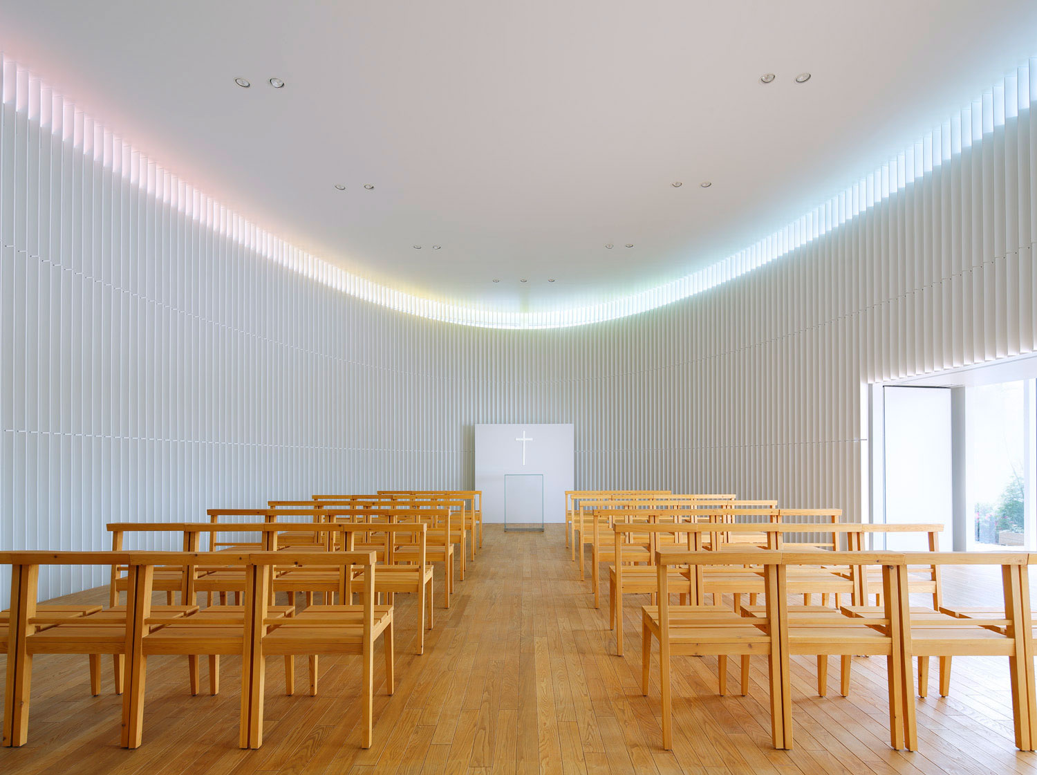Rainbow Chapel by Kubo Tsushima Architects | Yellowtrace