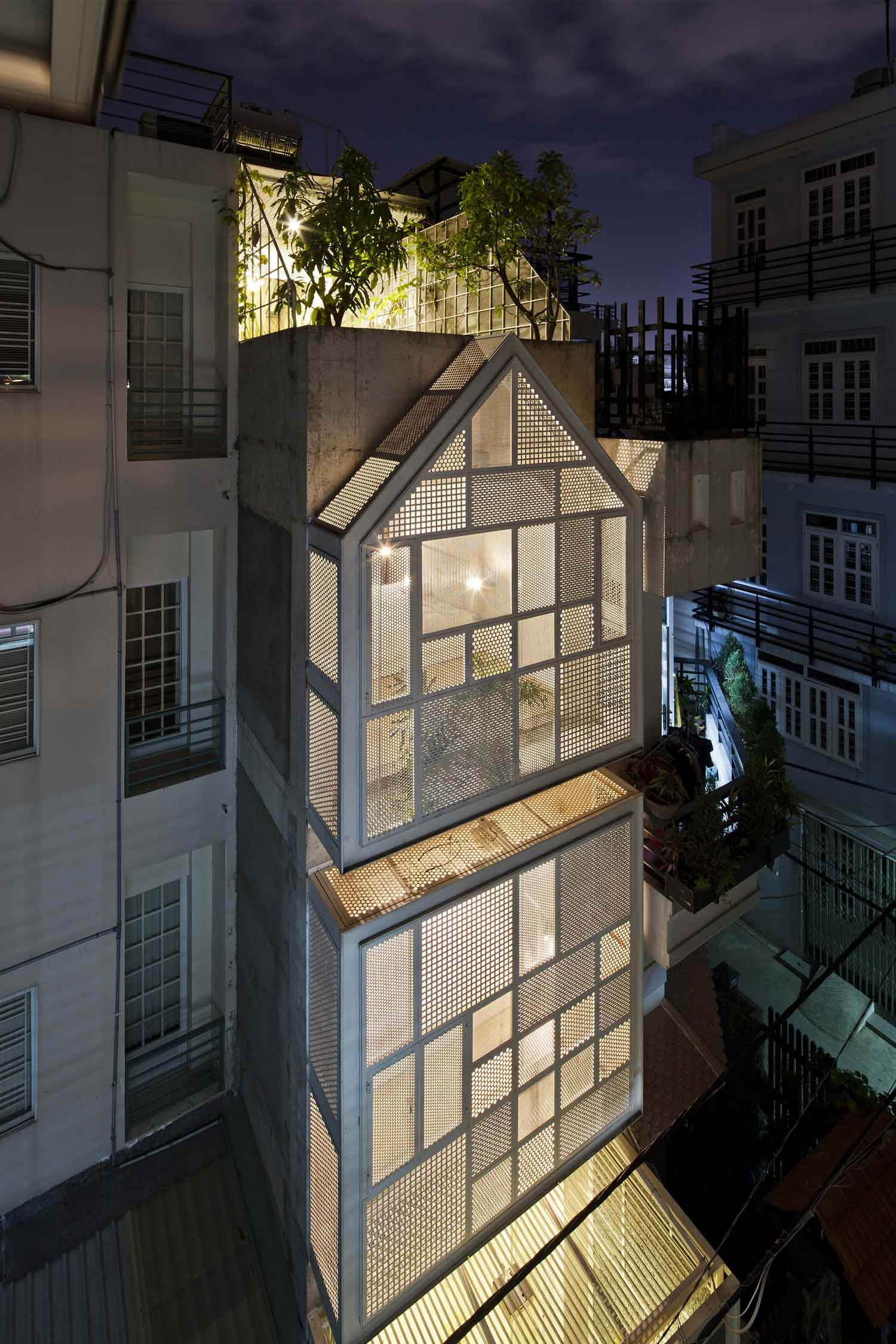 3×10 House by DD Concept | Yellowtrace