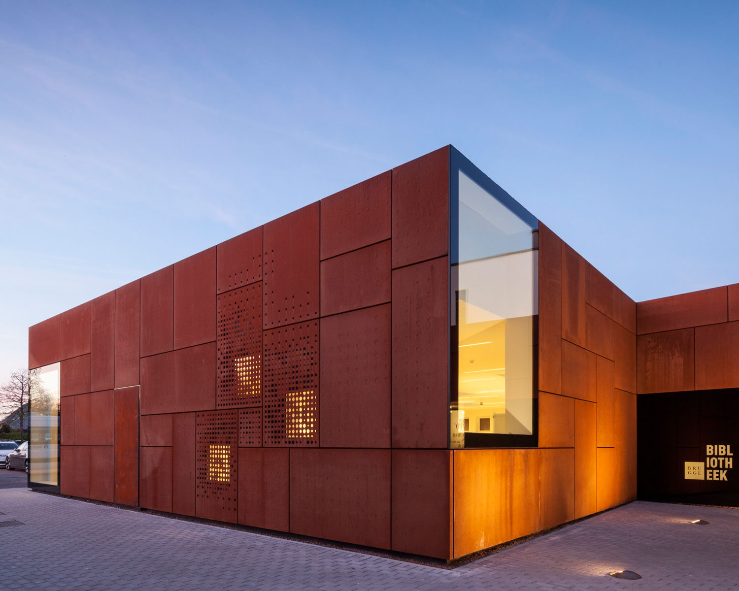 City Library Bruges by Studio Farris Architects | Yellowtrace