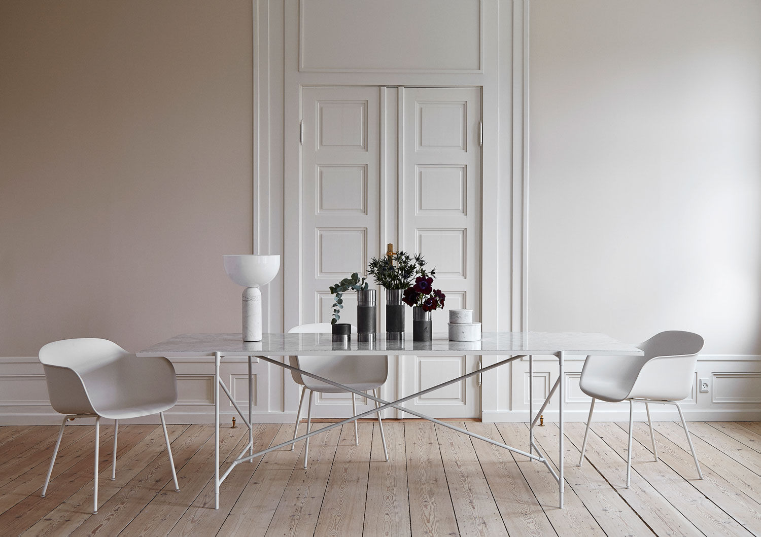 Dining 230 white by Handvark | Yellowtrace