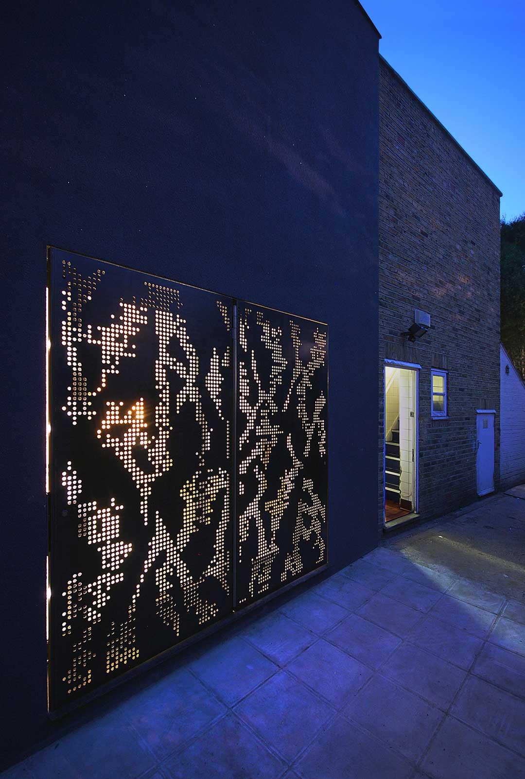 Hidden House in London by Teatum & Teatum | Yellowtrace