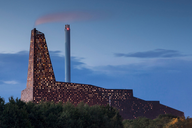 Incineration Line in Roskilde by Erick Van Egeraat | Yellowtrace