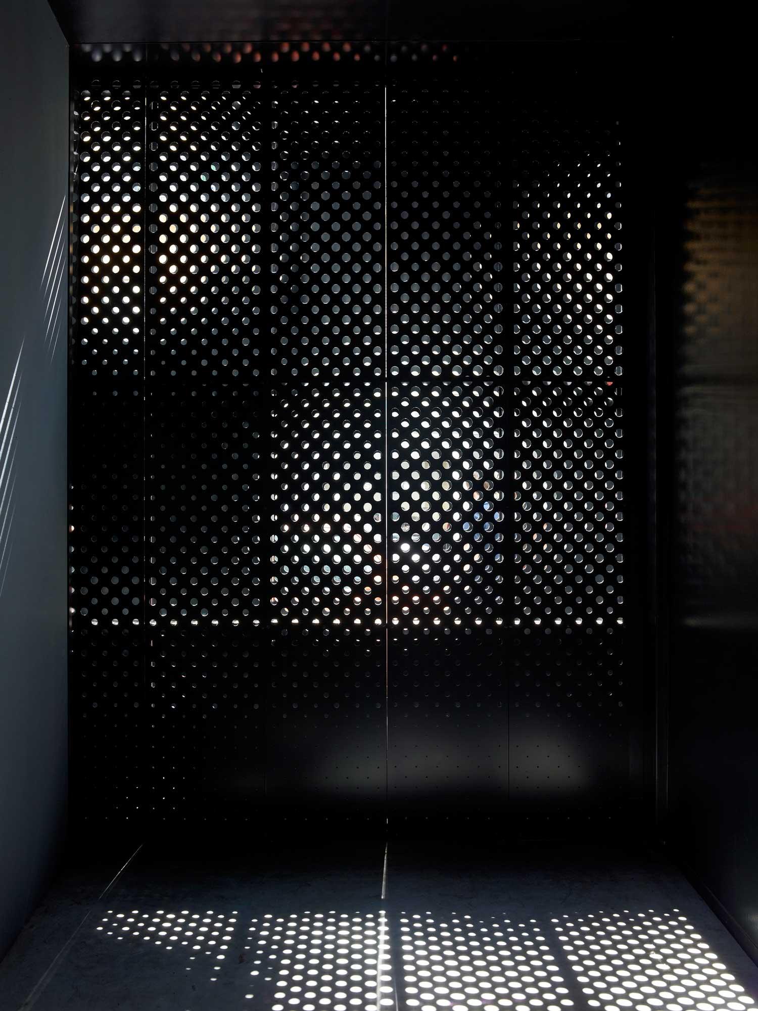 Legendre by Avenier Cornejo Architectes | Yellowtracce