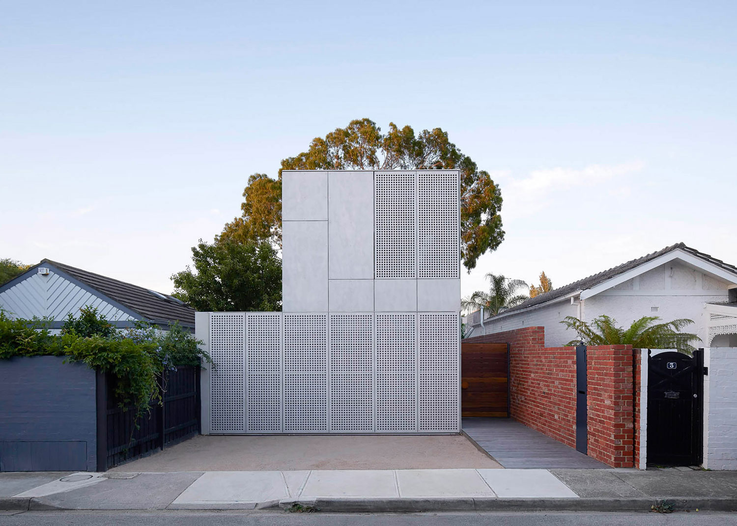 May Grove House In Australia By Jackson Clements Burrows Architects |  Yellowtrace
