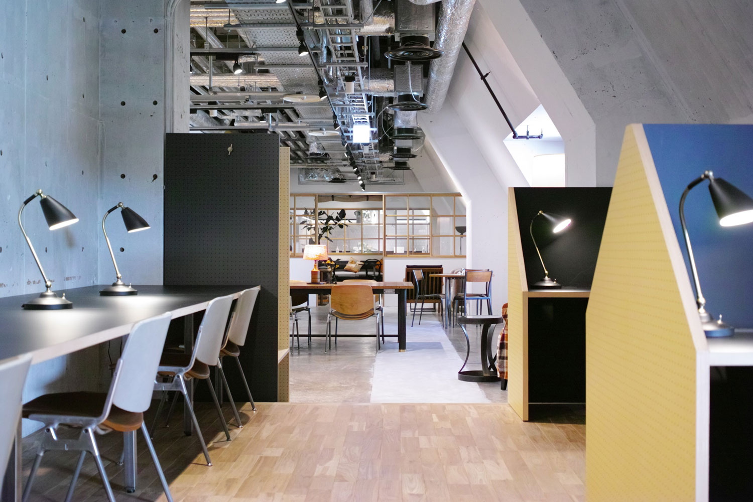 Multi-purpose shared space by Hiroyuki Tanaka in Japan | Yellowtrace