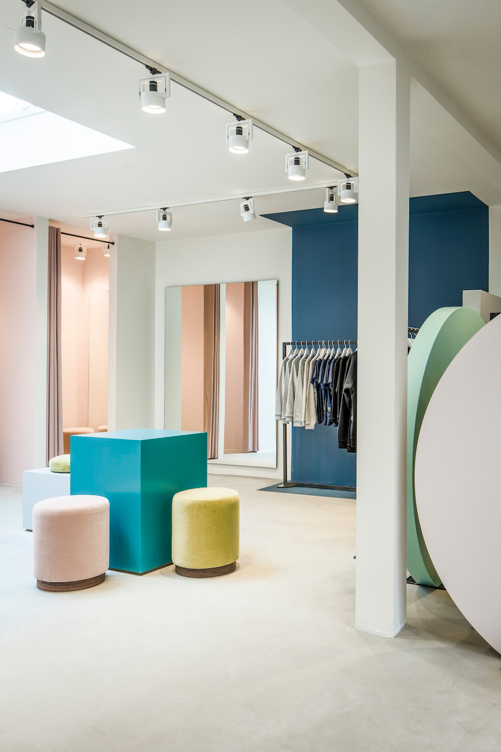 The pelican studio amsterdam by framework yellowtrace Interior design shops amsterdam