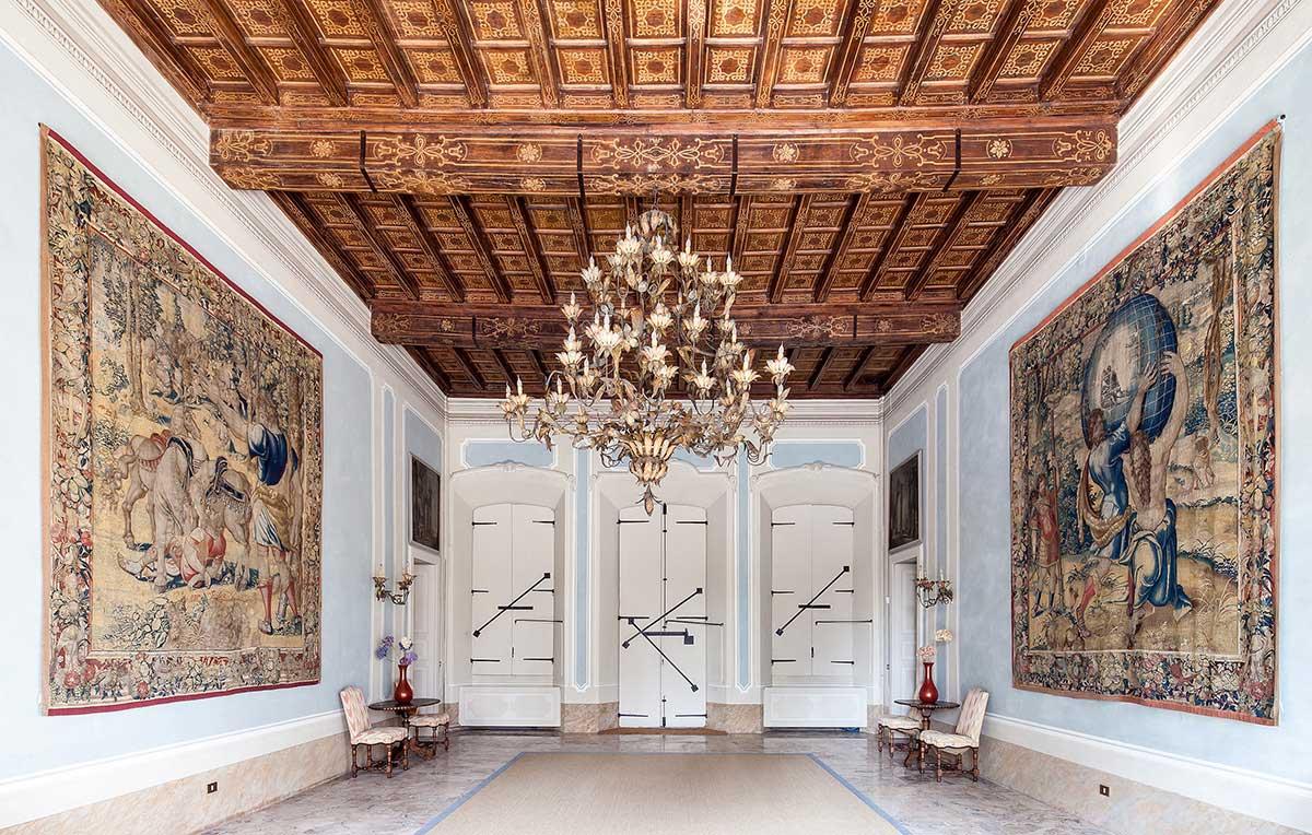 Villa San Valerio Caccia Dominioni   Yellowtrace