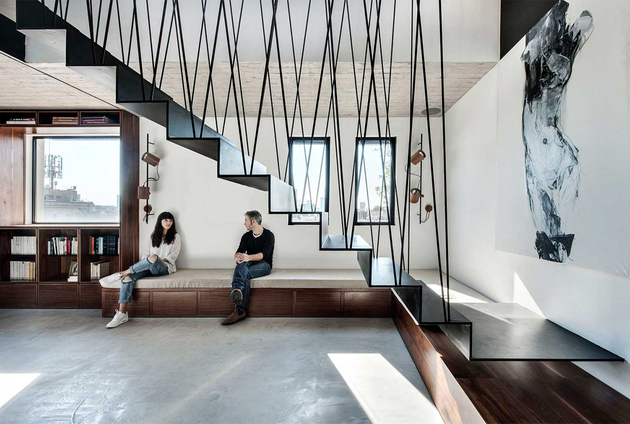 Duplex Penthouse & Roof Terrace in Tel Aviv by Toledano + Architects | Yellowtrace
