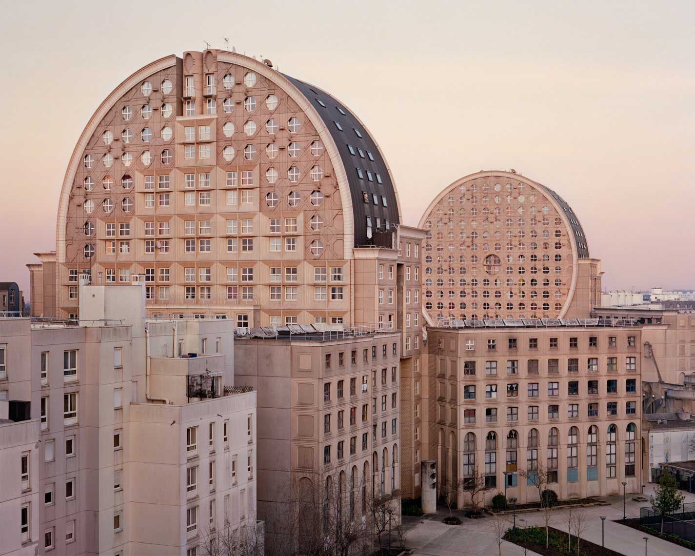 Laurent Kronental Documents the Life of Senior Citizens in Large Housing Projects | Yellowtrace