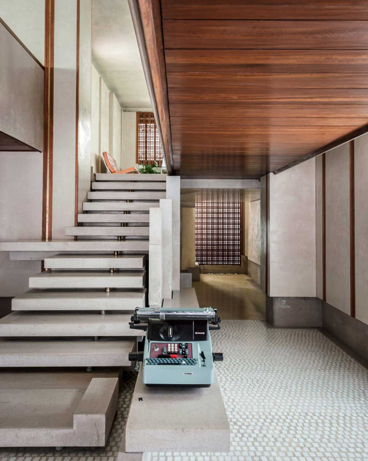 Olivetti Showroom in Venice by Carlo Scarpa. Photo by George X. Lin | Yellowtrace
