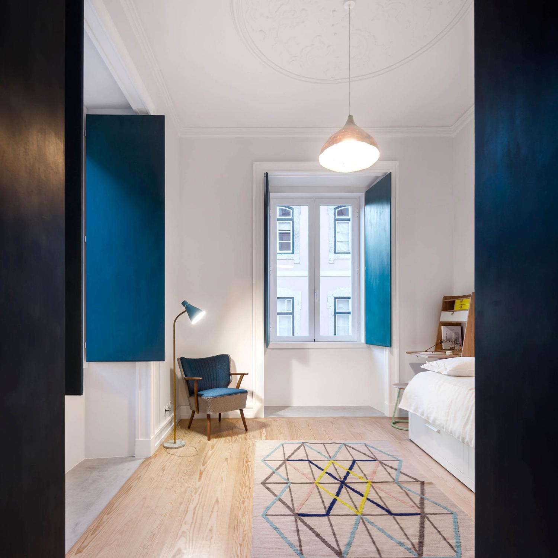 Chiado-Apartment-Lisbon-by-Fala-Atelier-Yellowtrace-09