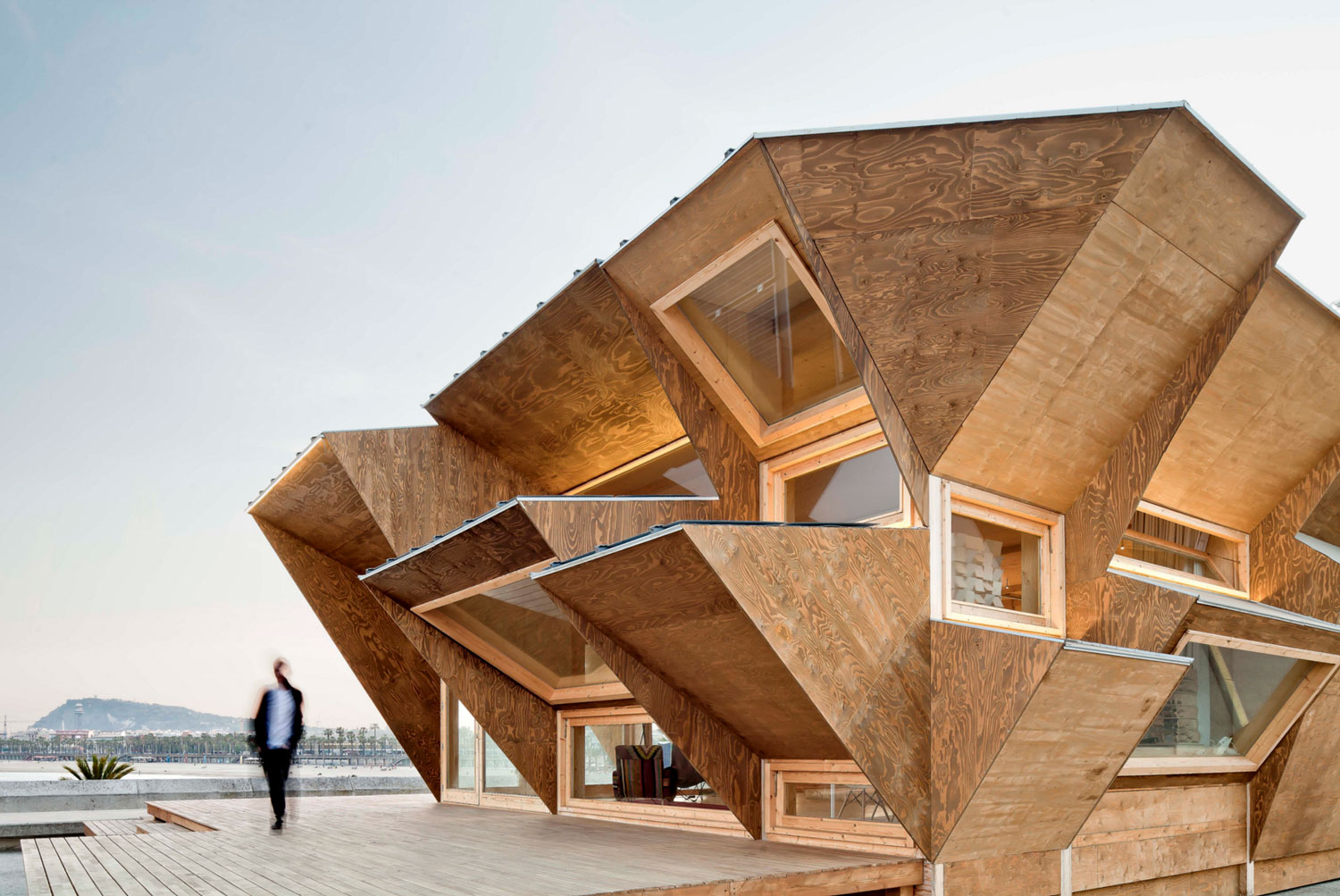 Endesa Pavilion by MARGEN LAB | Yellowtrace