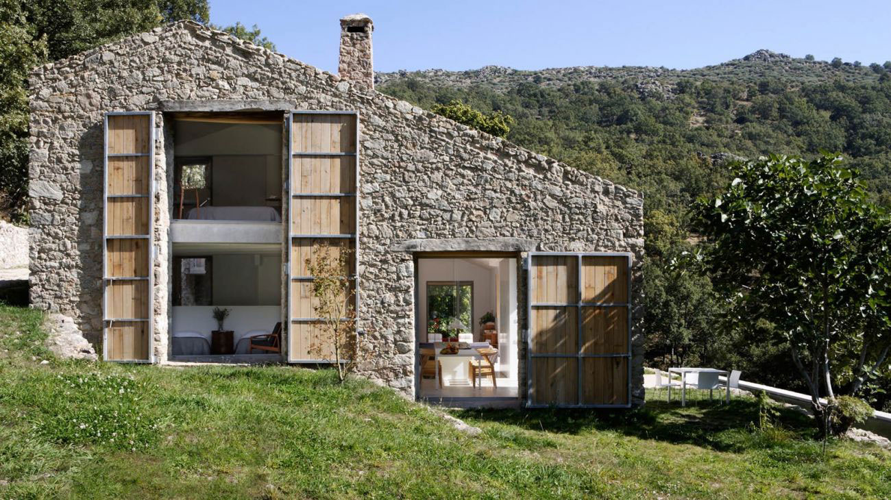 Estate in extremadura by abaton arquitectura yellowtrace