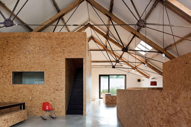 Ochre Barn by Carl Turner Architects | Yellowtrace