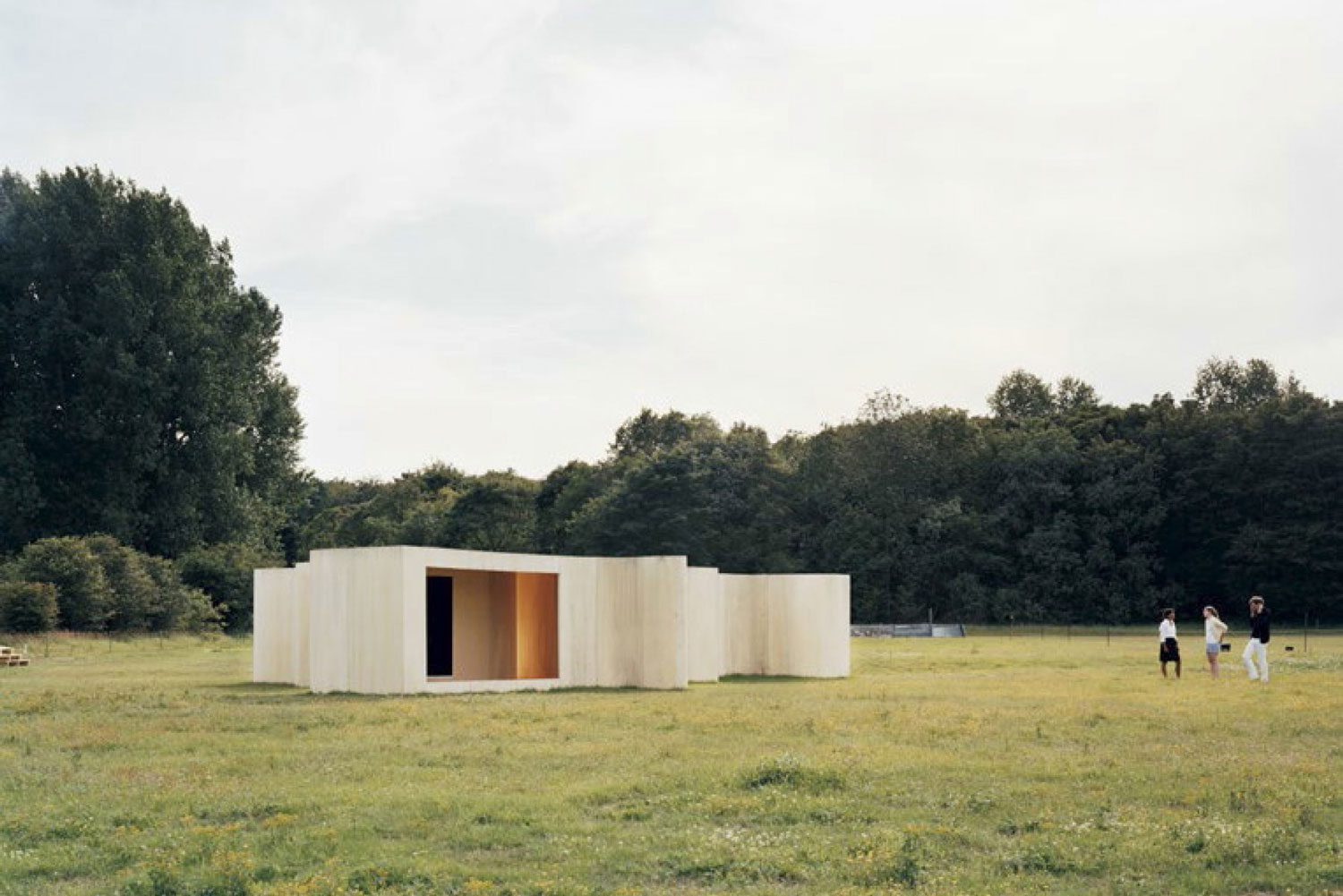 Temporary Museum (Lake) by Studio Anne Holtrop | Yellowtrace