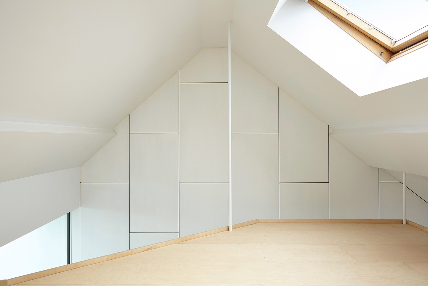 Terraced House Reno by Edouard Brunet + François Martens | Yellowtrace
