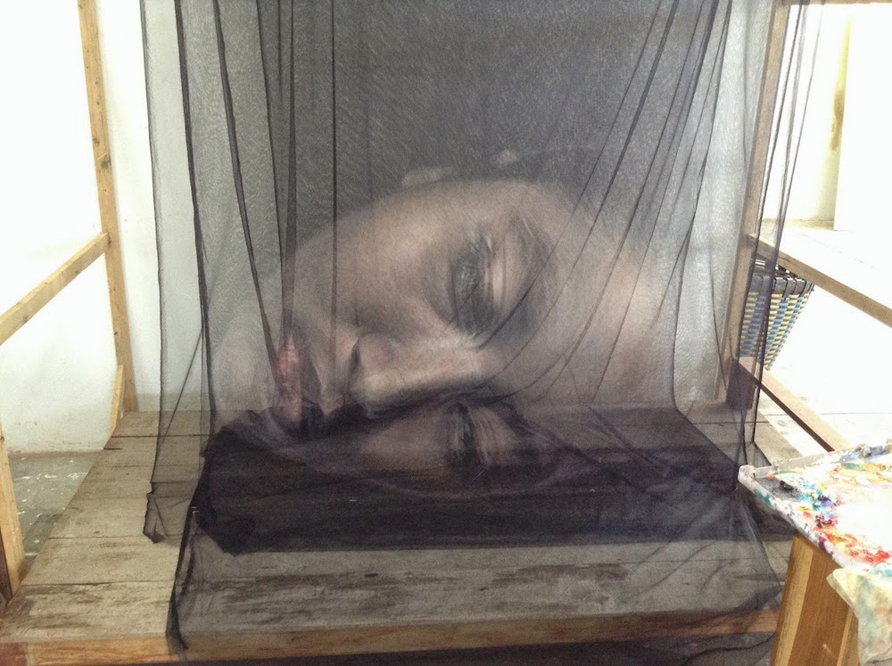 Uttaporn Nimmalaikaew Creates Ethereal 3D Paintings on Layers of Netting | Yellowtrace