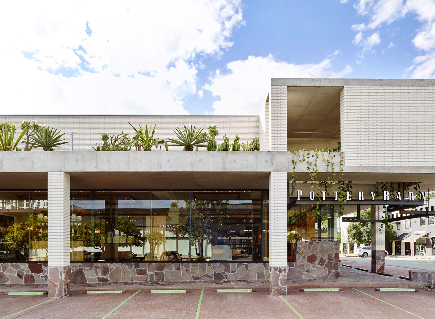 Wandoo Street by Richards & Spence | Yellowtrace