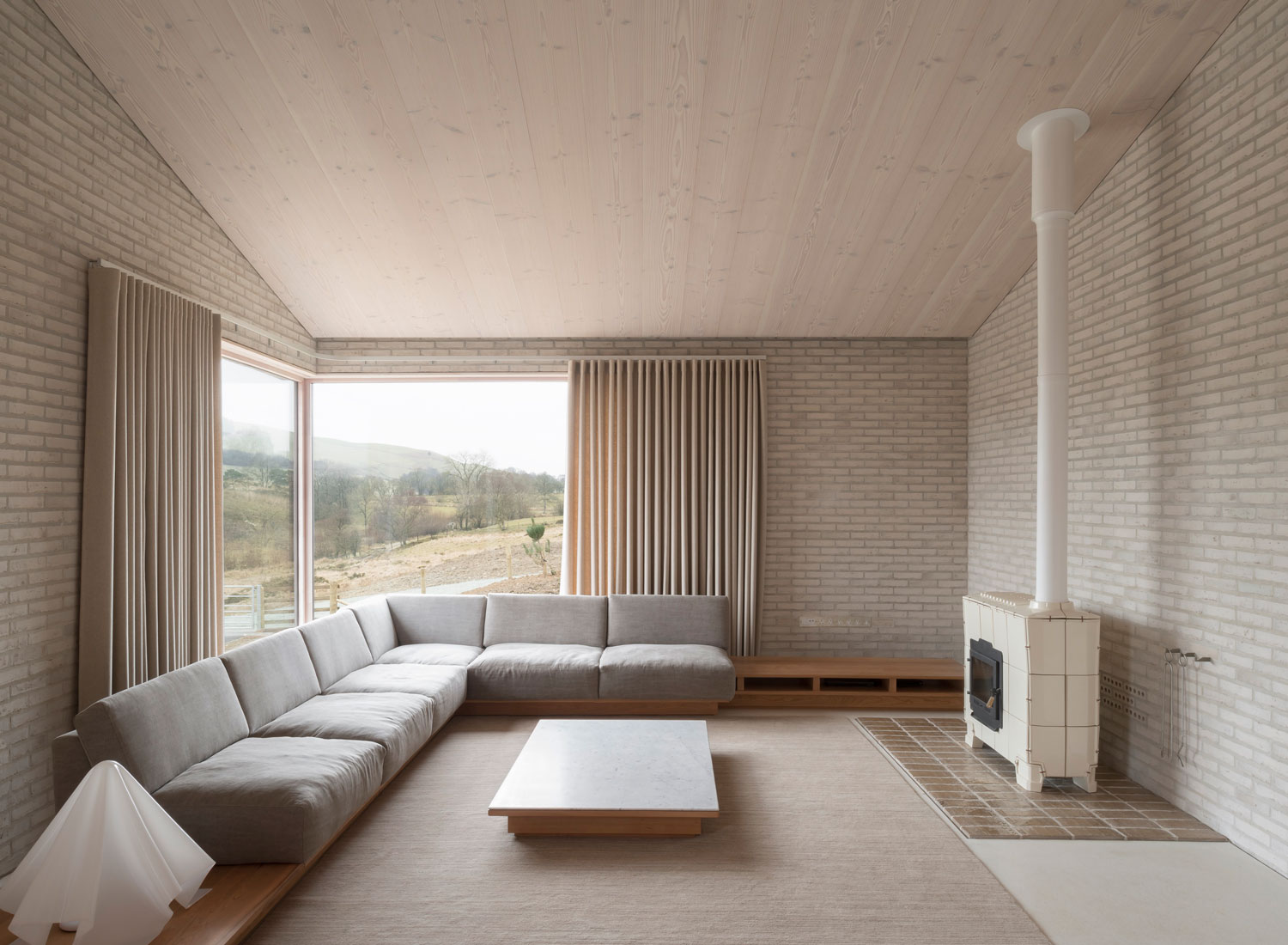 Life House (Tŷ Bywyd): John Pawson's Modern-Day Retreat in Rural Wales   Yellowtrace