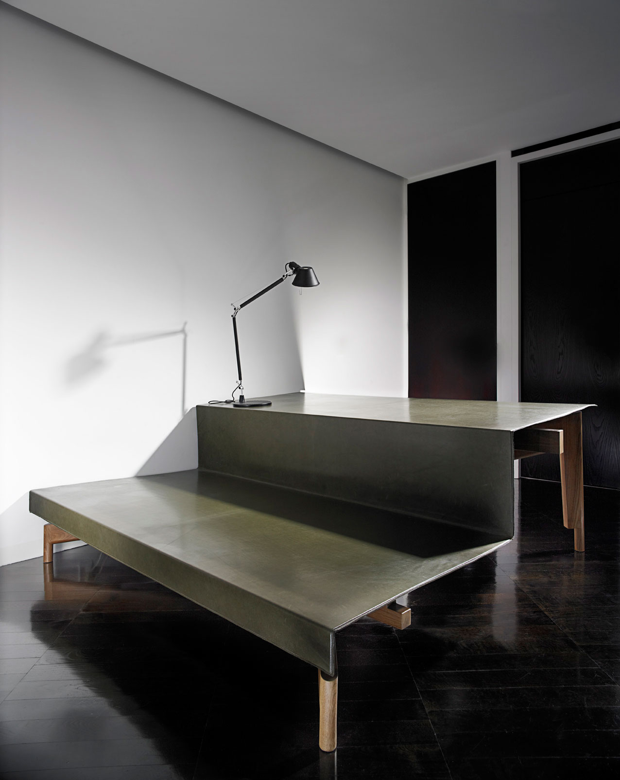 Riparian Daybed Desk by Richards & Spence | Yellowtrace