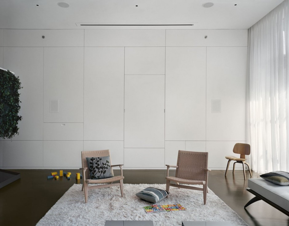 7th Street Residence in New York by Pulltab Design | Yellowtrace