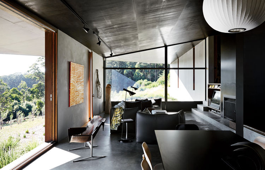 House at Hanging Rock by Kerstin Thompson Architects. Photo by Sharyn Cairns | Yellowtrace