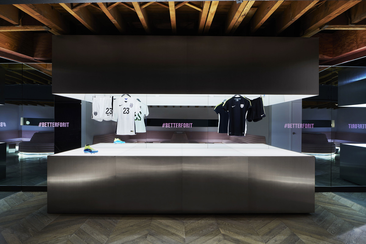 45 Grand Exclusive Fitness Studio in NYC by NIKE | Yellowtrace