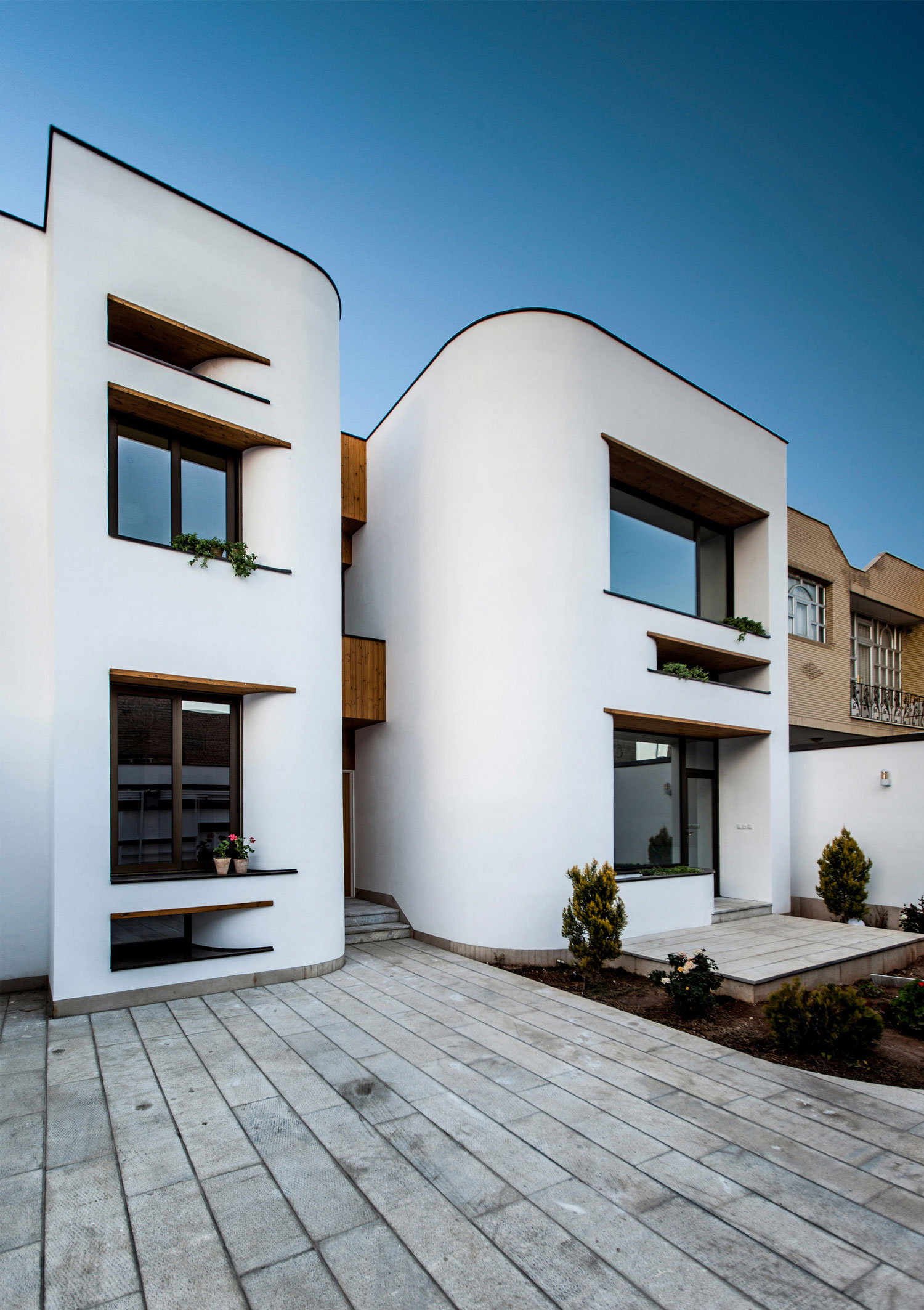 Bahar House by Ayeneh Office | Yellowtrace