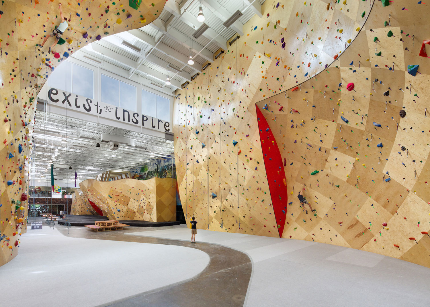Brooklyn Boulders by Arrowstreet & Chris Ryan | Yellowtrace