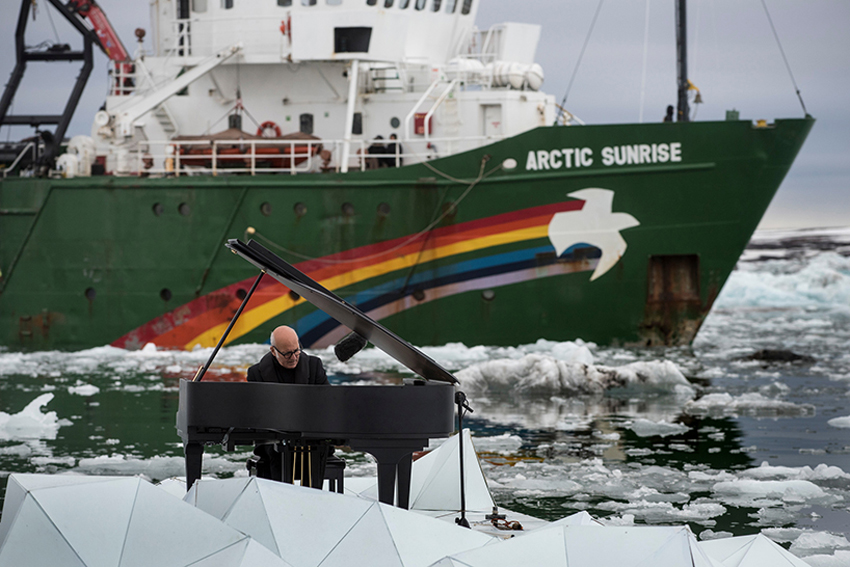 Floating Performance in Middle of the Arctic Ocean by Ludovico Einaudi for Greenpeace | Yellowtrace