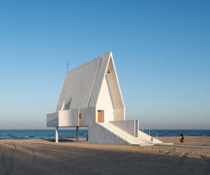 Seashore Chapel on a Chinese Beach by Beijing Studio Vector Architects | Yellowtrace