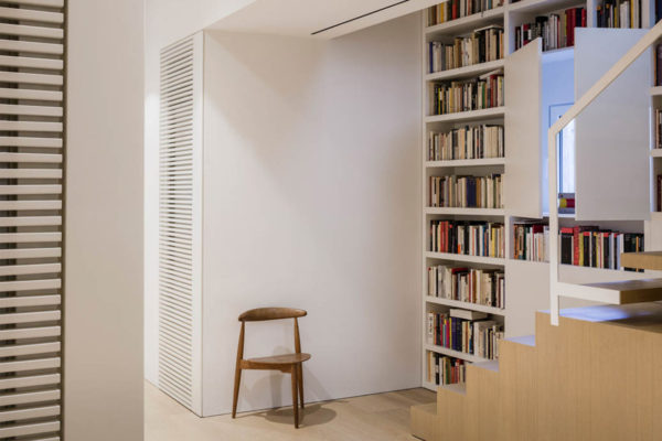 RA Apartment in Barcelona by Francesc Rifé Studio | Yellowtrace