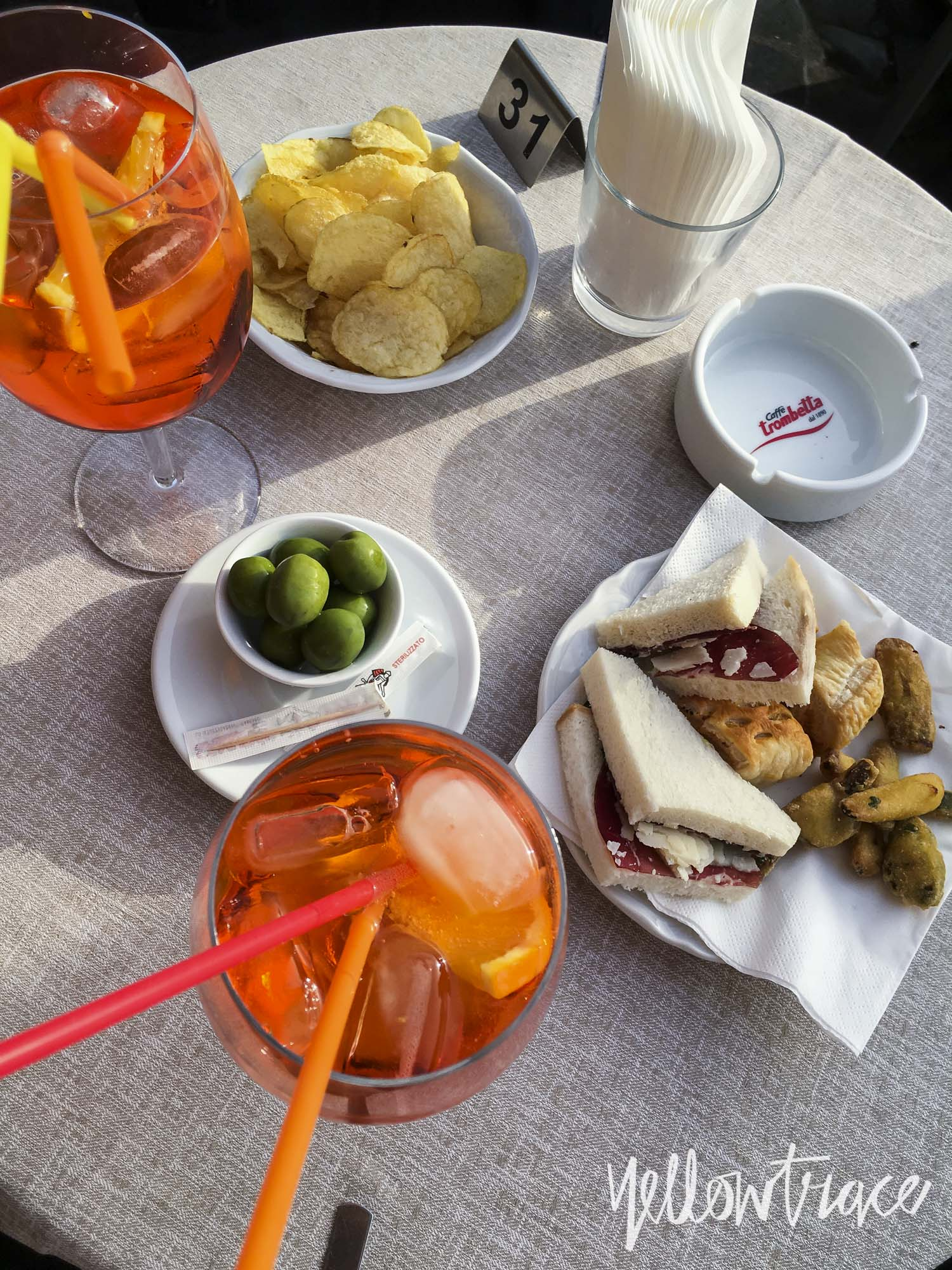 Aperitivo at Piazza del Popolo Rome, Photo © Dana Tomic Hughes | Yellowtrace