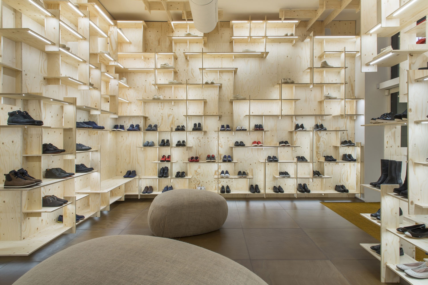 Camper Shop in Milan by Kengo Kuma | Yellowtrace