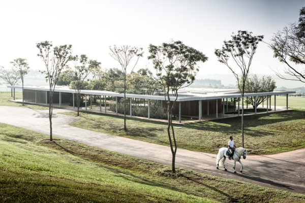 Fazenda Boa Vista: Equestrian Centre Clubhouse by Isay Weinfeld | Yellowtrace
