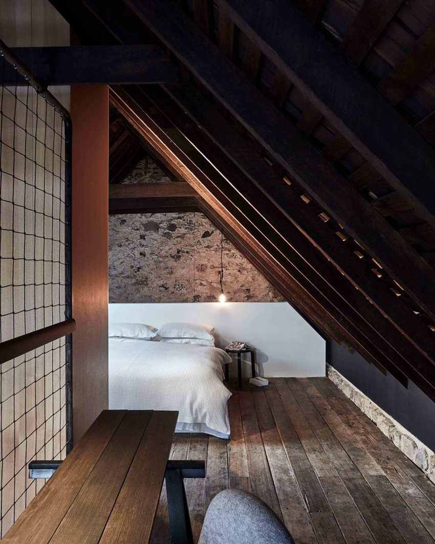 #thebarnTAS: Barn Conversion in Hobart by Liz Walsh and Alex Nielsen | Yellowtrace
