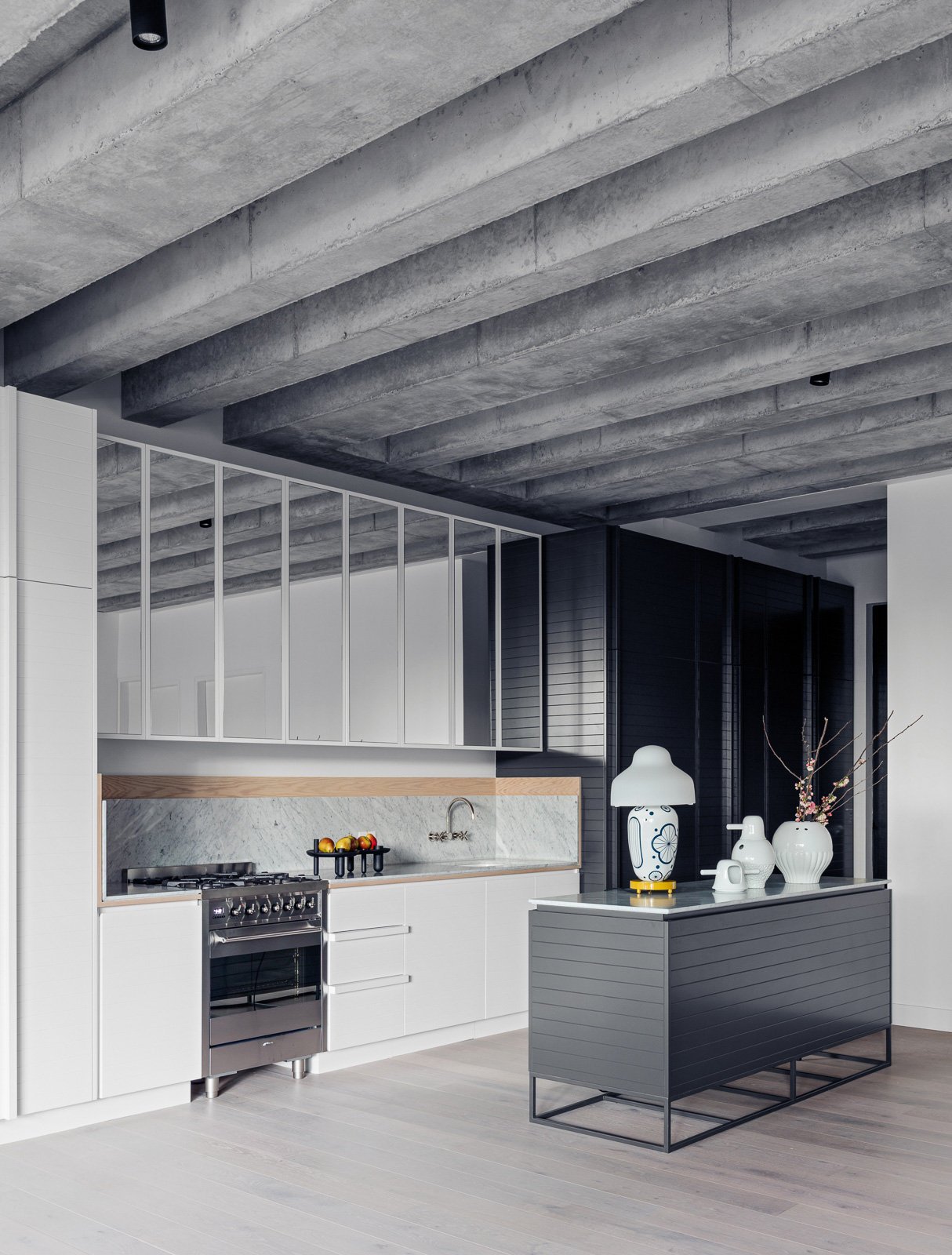 Birmingham Street Apartment by SJB. Photo by Felix Forest   Yellowtrace